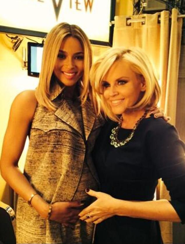 #Ciara and Jenny #McCarthy after confirming the pregnancy on The View http://news.softpedia.com/news/Ciara-Is-Pregnant-with-Her-First-Child-Confirms-It-on-The-View-Video-417065.shtml