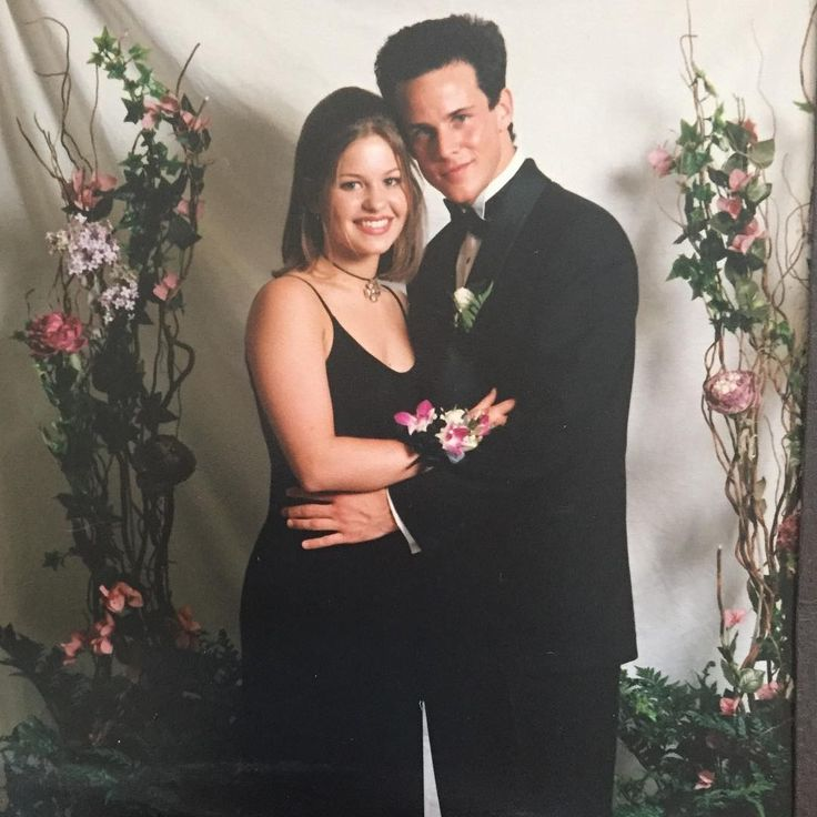 Candace Cameron Bure (DJ) at her prom with Scott Weinger (Steve)