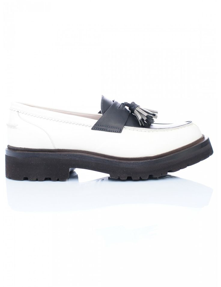 SCARPA DONNA - Caneppele #Caneppele #trento #cucinelli #shoes #ss2016 #madeinitaly #whiteshoes #luxuryshoes