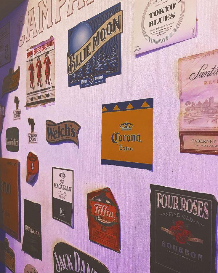 . Cafe&Dining Bar B-Blue . あなたに合ったお酒 きっと見つかる . 色んなお酒有りますよ . . . #お酒 #b_blue #アルコール#カクテル#ウィスキー #スコッチ#シングルモルト#バーボン#瓶ビール#beer#肉料理#肉#肉寿司#cafe#カフェ#cocktail#whisky#お洒落#ウイスキー#bourbon#バーテンダー#bartender#blue#大和#神奈川#instapic#美味しい料理#お洒落カフェ#美味しいお酒#bar