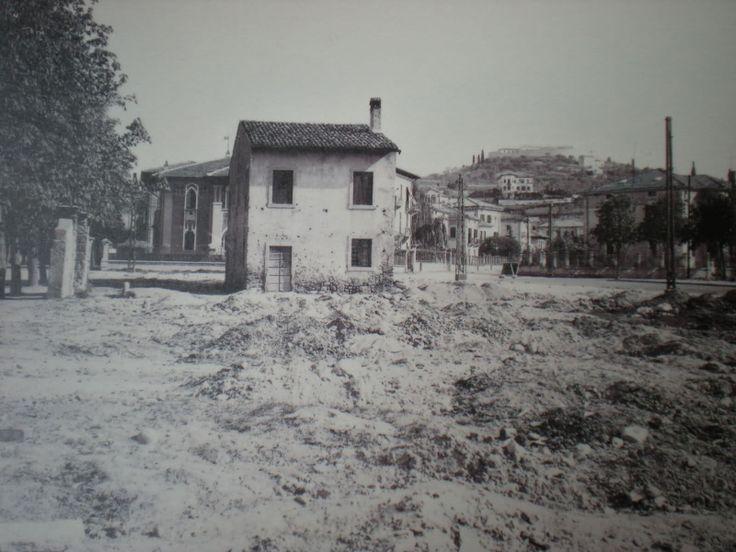 Abbattimenti per realizzazione Piazza Vittorio Veneto http://goo.gl/XomvqA