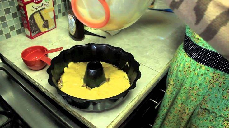 Cris cocinando pastel Rosca Judia