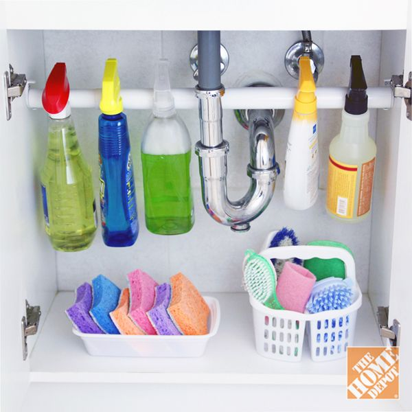 Keeping all your cleaning supplies easy to see and within reach is easy with this DIY kitchen sink storage idea!