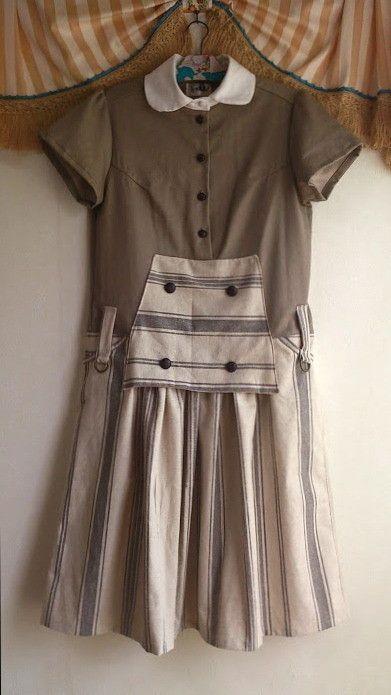 人気のブルーナカラーの白襟つなぎの 新色&スカートバージョン。優しい表情のグレーツイルと グレーのストライプ麻生地で仕立てました。有名なミッフィーの作者、 デ...|ハンドメイド、手作り、手仕事品の通販・販売・購入ならCreema。
