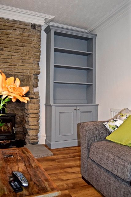 Traditional Alcove cabinets- living room alcove by cabinet maker 'Gill Martinez' Manchester, England. #livingroom #alcove #homedecor #furniture #cabinet #alcovecabinet