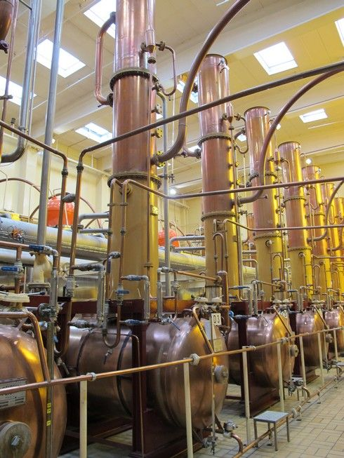 Cointreau distillery stills4_tn