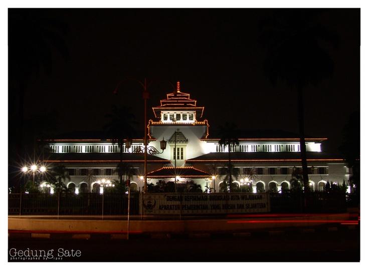 Gedung Sate, Bandung, Indonesia (night view)