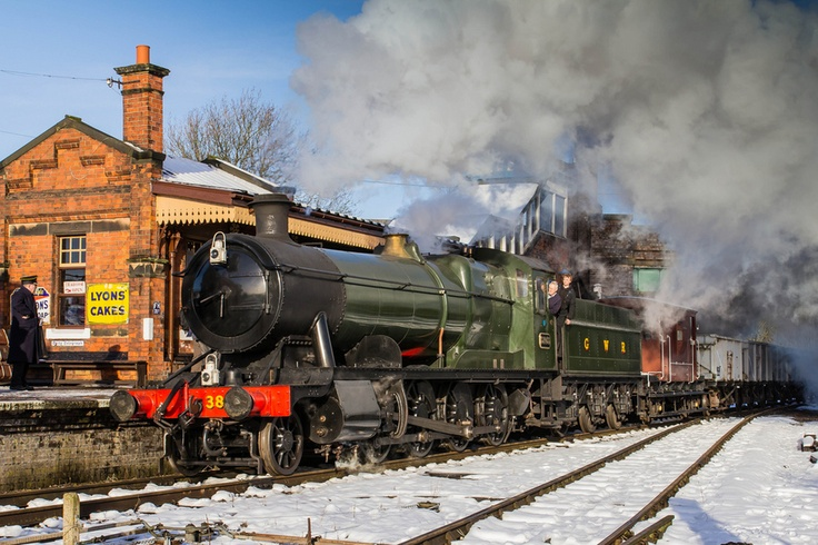GWR 2-8-0 at Quorn and Woodhouse, Great Central Railway.