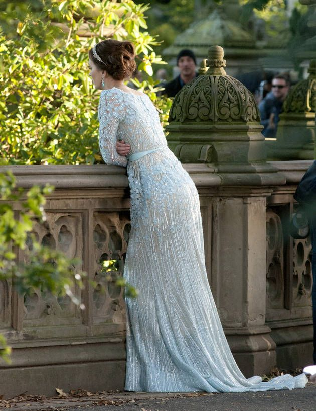 Blair Looks Out Over Central Park in Gossip Girl Series Finale <3