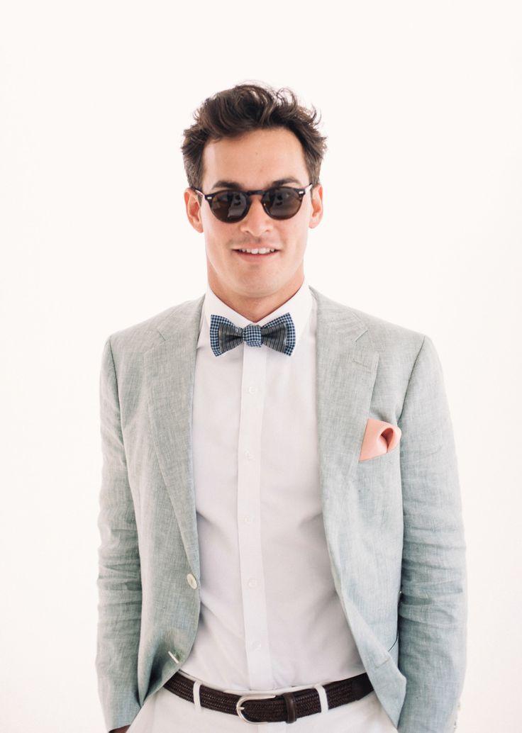 2015's best gressed grooms / pale grey linen suit by Oscar Hunt