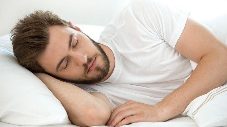 Het hoofdkussen vervangen is belangrijk om langdurige nekklachten te vermijden. Maar wanneer moet dit? Lees het hier!