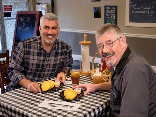 "Hicks has been traveling the country to spotlight some of his favorite dishes for ""State Plate,"" a food-travel show on the INSP television network."