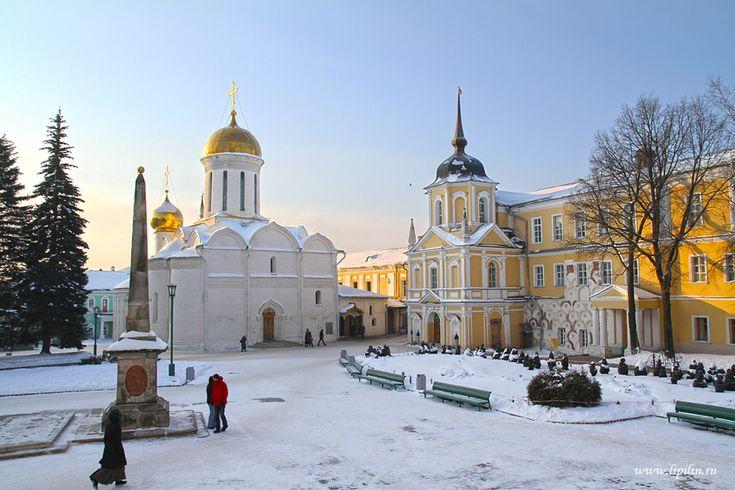 Сергиев Посад. Sergiev Posad. Monastery was founded in 1337 by St. Sergius of Radonezh.
