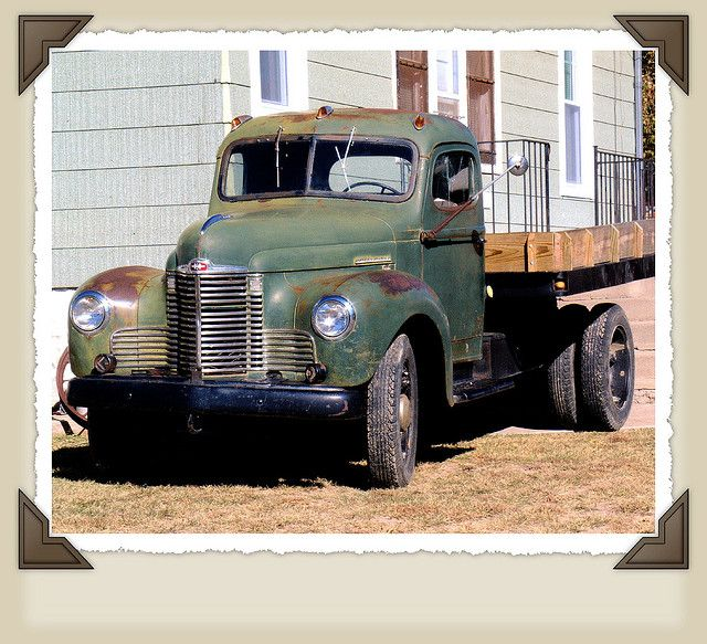 1000 images about diy and crafts tow truck semi old international trucks classic international harvester truck one of many vintage trucks seen
