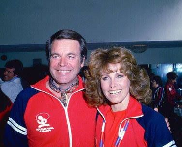 """February 1, 1981 (Beverly Hills High School) ~ Robert Wagner and Stefanie Powers at the """"Jump Rope For Hart to Heart Rally."""""""