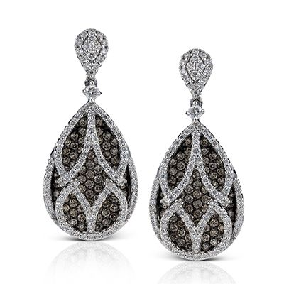 Midnight Collection - These fabulous 18K white and black gold earrings are compr...