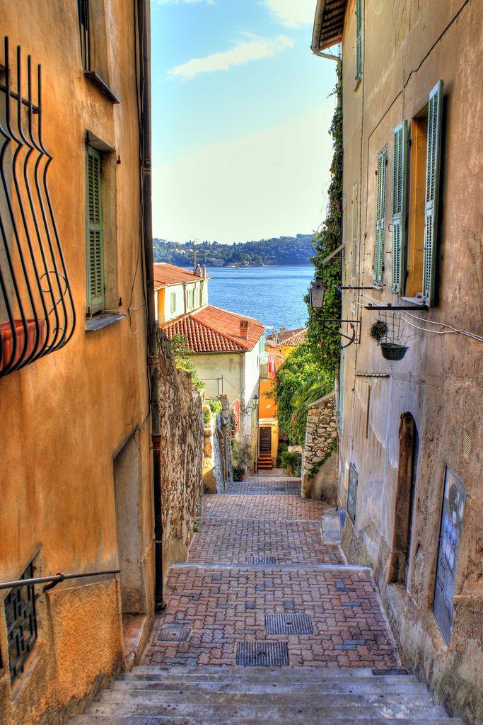 Villefranche Alleyway, Nice, Provence-Alpes-Cote d'Azur, France