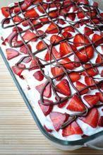 een prachtige en simpel te maken aardbeientaart  4.5 uur incl koelen en geen oven !!