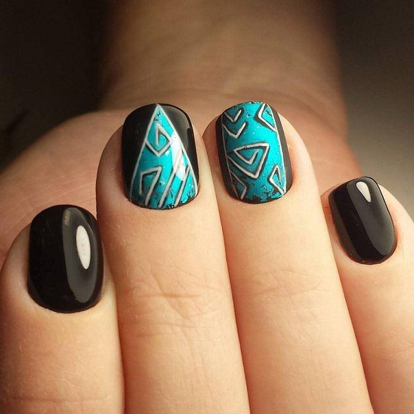 Accurate nails, Beautiful nails 2016, Black shellac, Drawings on nails, Evening nails, Exquisite nails, Fall nails 2016, Geometric nails
