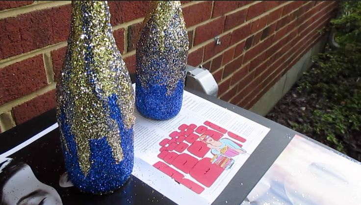 DIY Glitter Wine Bottle Centerpieces