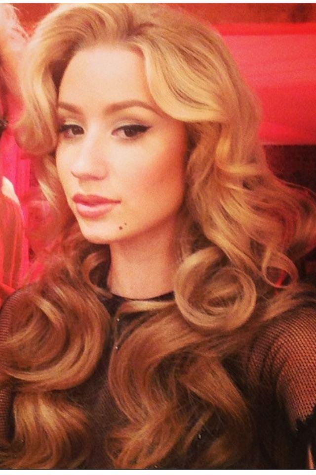 Iggy Azalea hair
