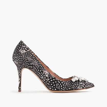 Collection Elsie jeweled feather-print pumps