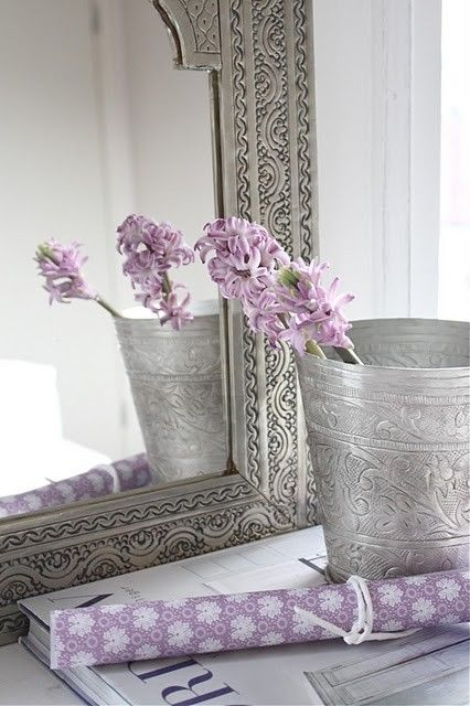 Pewter & lavender are a good bathroom combo...