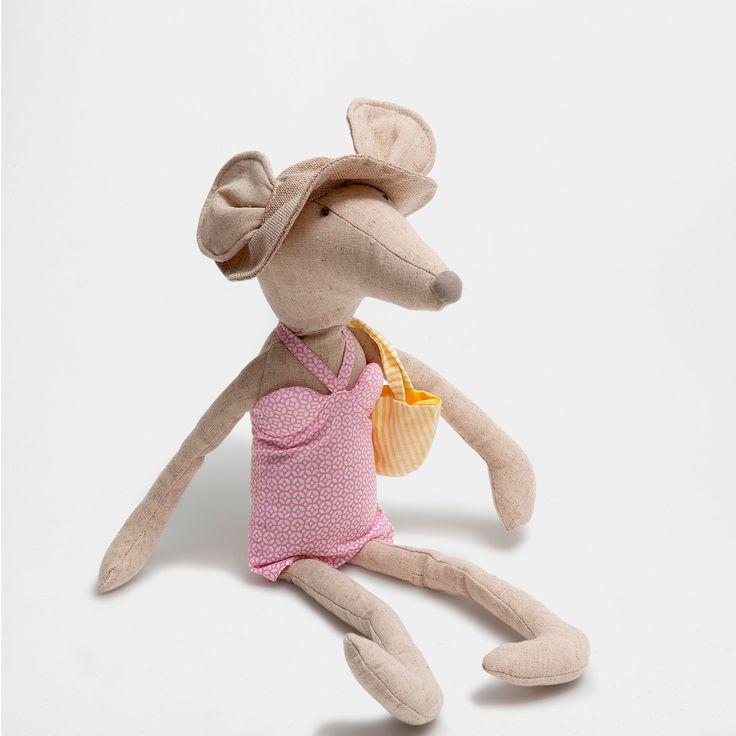 http://www.zarahome.com/it/decorazione/giocattoli-e-peluche/peluche-topolino-in-costume-da-bagno-c1594514p6910835-zhkidsit.html