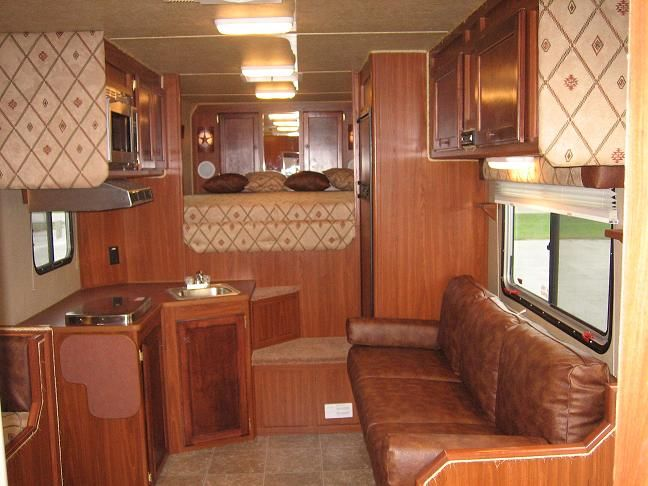 Car Factory Direct >> Factory Direct Horse Trailers, Living Quarters Horse ...