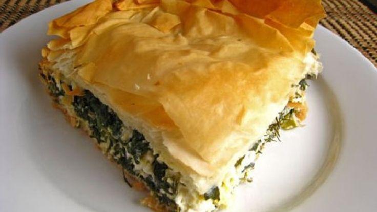 Spanakopita ricetta originale. Come preparare la famosa torta salata greca. http://winedharma.com/it/dharmag/luglio-2014/spanakopita-la-ricetta-originale-greca