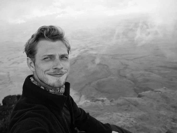 """435 mentions J'aime, 10 commentaires - willy Jagnow (@willyjagnow) sur Instagram: """"Cara de gratidão e alegria misturada com exaustão e insolação após dois dias de trekking intenso…"""""""