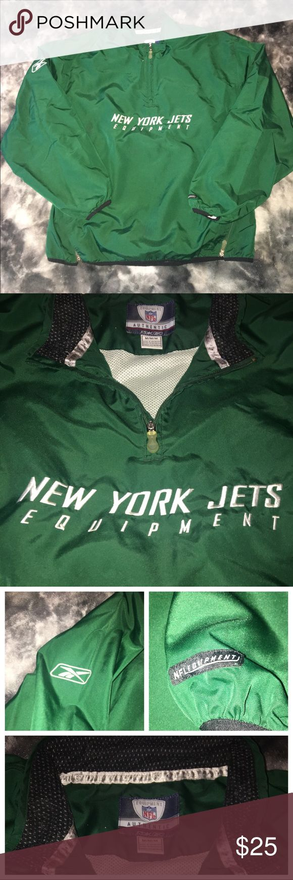 NY JETS Official Pullover 🏈💚 NFL Official Reebok NY Jets Pullover Absolutely no signs of wear! Has 2 zipper pockets and sizes can be zippered down Retail $29.99 Always open to offers! 🙂 Reebok Jackets & Coats Lightweight & Shirt Jackets