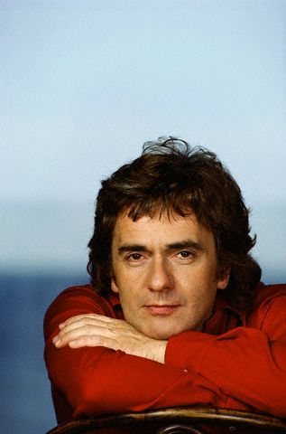 Dudley Moore 1953-2002, age 66. He had been diagnosed with the terminal degenerative brain disorder, progressive supranuclear palsy. He died as a result of pneumonia, secondary to immobility caused by the palsy. He was an English actor, comedian, musician and composer. His solo career as a comedy film actor was heightened by the success of hit Hollywood films, particularly Foul Play, 10 and Arthur. He received an Oscar nomination for the latter role. He was frequently referred to in the…