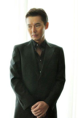 Atsuro Watabe 渡部篤郎