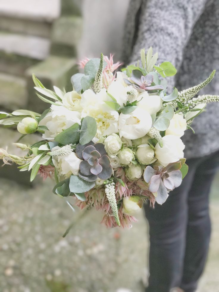 Life in pastels, with paeonias, serruria and suculents! by @DUALEVENTS #atelierdual