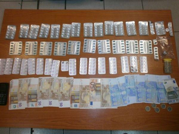 Συνελήφθησαν 2 άτομα για αγοραπωλησία ναρκωτικών