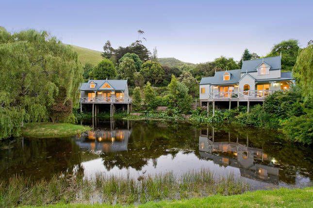 Lakehouse lovers... Paradise Gardens   Apollo Bay, VIC   Accommodation