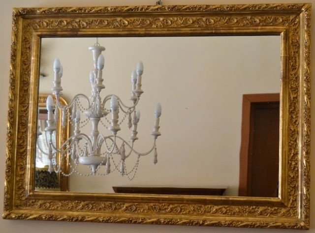 Pi di 25 fantastiche idee su specchi d 39 oro su pinterest - Specchio con cornice dorata ...
