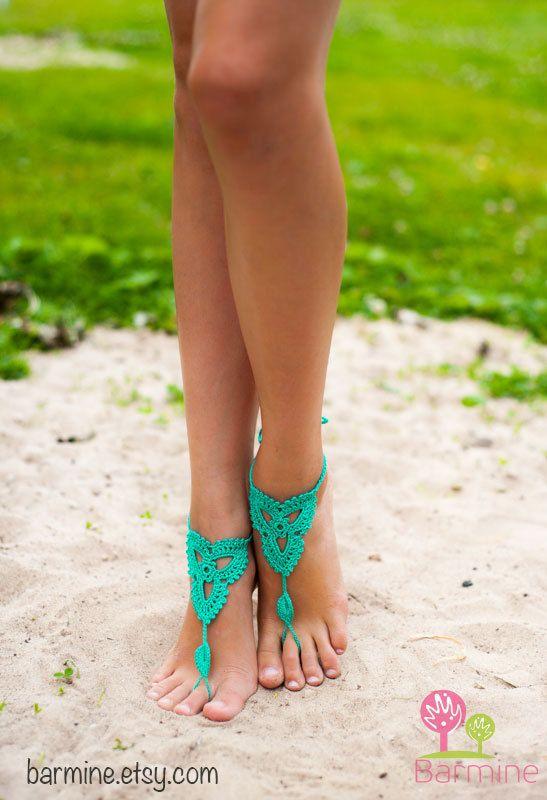 Menta esmeralda verde descalzo sandalias, zapatos Nude, joyería de los pies, Victorian Lace, Yoga, tobillera, Bellydance, Steampunk, playa p...