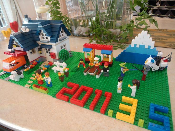 """レゴを使ったウェルカムボード : 【かわいい】結婚式の""""ウェルカムボード""""手づくりアイディア集 - NAVER まとめ"""