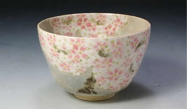 sakura season chawan (japanese tea bowl)
