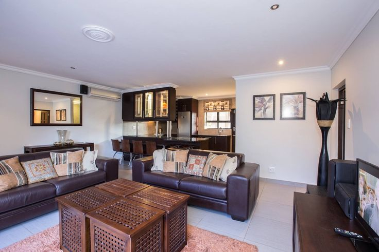 Self-catering accommodation Ballito. Beautiful lounge at On Madelein Holiday Home.