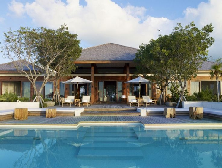 Tamarind Parrot Cay - Beach Front -3 Bedrooms http://turksandcaicos.exceptionalvillas.com/tamarind-parrot-cay-beach-front-3-bedrooms/l223