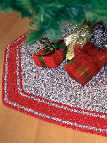 Crochet Tree Skirt | Yarn | Free Crochet Patterns | Yarnspirations