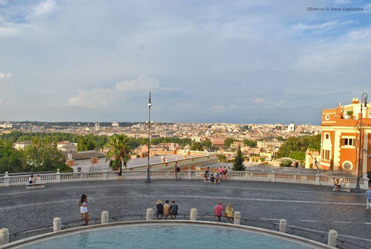 Панорамный вид на Рим с террасы фонтана Аква Паола