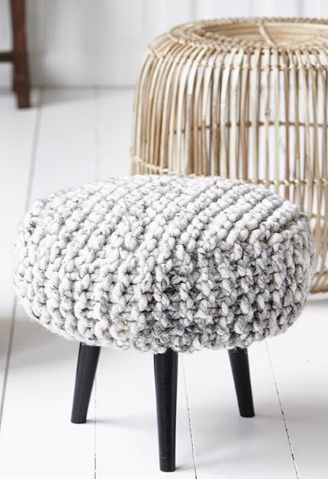 17 Best images about Knitted - Poufs on Pinterest Floor cushions, Knitted p...