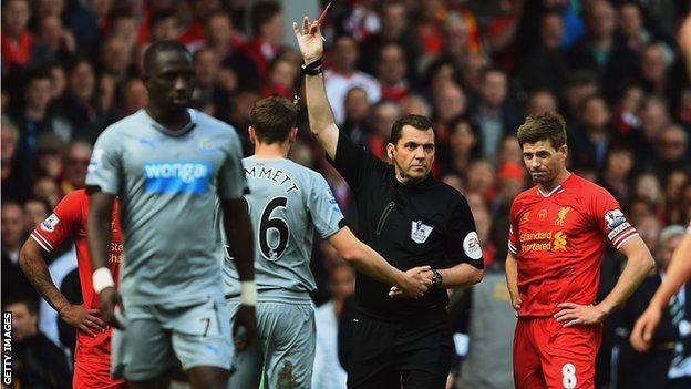 Paul Dummett: Newcastle defender has red card overturned - Article From BBC Website - http://footballfeeder.co.uk/news/paul-dummett-newcastle-defender-has-red-card-overturned-article-from-bbc-website/
