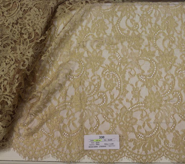 330 - 110 cm - 5m50 - beige/sand - 150€ - Dentelles Jean Bracq