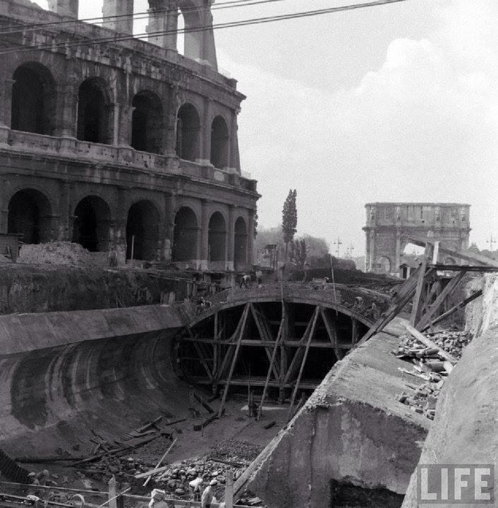 Colosseum. Subway under construction. 1940.