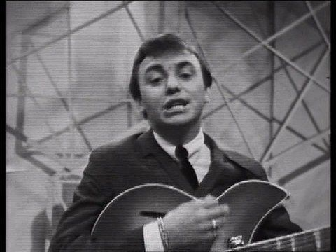 Gerry & The Pacemakers - Ferry Cross The Mersey (1965) - YouTube